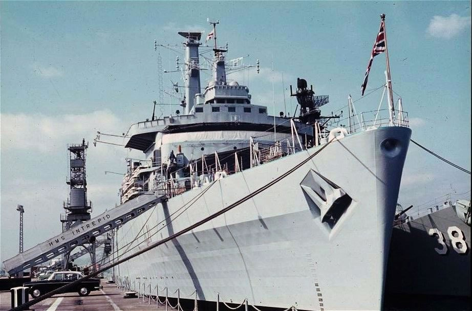 HMS-Intrepid-2